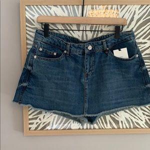 Zara Jean Shorts/Skorts Size 8 NWT